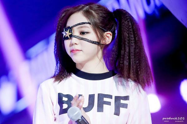 8-idol-sinh-the-he-10x-dang-san-sang-chiem-linh-kpop-1