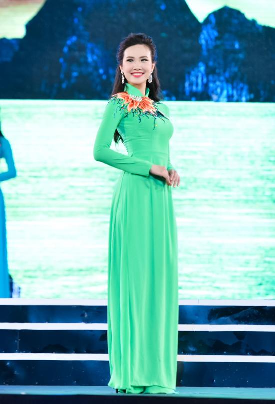 Sái Thị Hương Ly (Hà Nội  SBD 151)