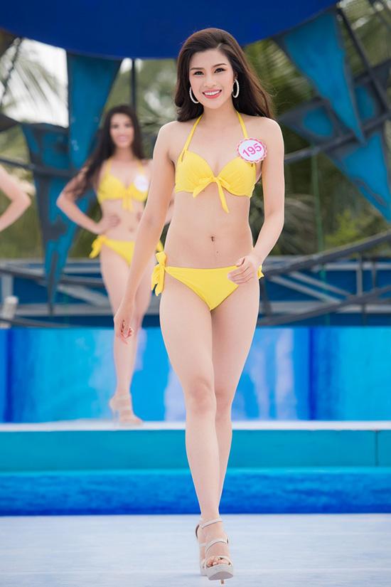 nang-tho-xu-hue-lo-nhuoc-diem-co-the-khi-dien-bikini-8