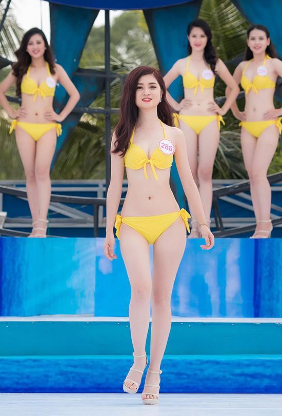nang-tho-xu-hue-lo-nhuoc-diem-co-the-khi-dien-bikini-4