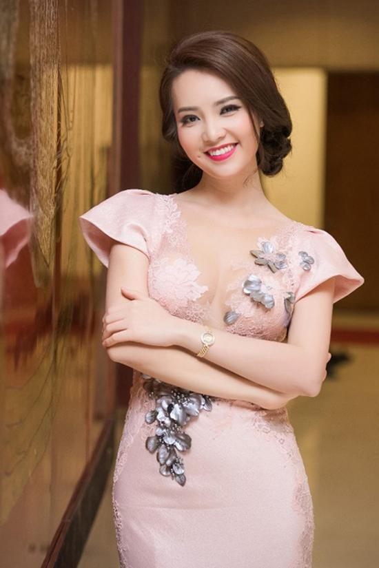 Hiện Thụy Vân là MC cho Đài truyền hình Việt Nam. Cô được đánh giá là một cô gái xinh đẹp, tài năng và giàu sức sáng tạo. Những chương trình có sự góp mặt của cô MC là: Bản tin tài chính, Lựa chọn cuối tuần, Chuyển động 24h&.