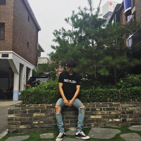 sao-han-20-7-lee-jong-suk-dung-lam-dang-yoo-jung-bo-gum-ngot-ngao-6