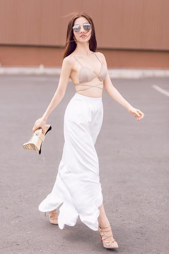 sao-style-22-7-lilly-nguyen-noi-loan-huong-giang-quan-ngan-cun-lo-nua-vong-3-2