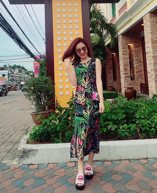 sao-style-22-7-lilly-nguyen-noi-loan-huong-giang-quan-ngan-cun-lo-nua-vong-3-4