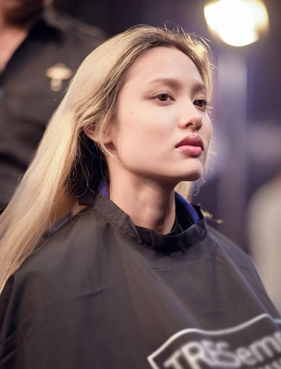 bi-cao-dau-trong-phan-makeover-hot-girl-1m54-so-phat-khoc