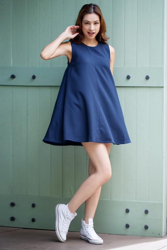 sao-style-24-7-lilly-nguyen-chan-thon-bat-ngo-minh-hang-kheo-mix-vay-ngu-3