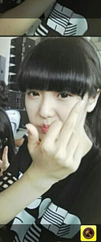 sinb-idol-co-guong-mat-kho-o-nhat-kpop-7