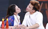 ly-nha-ky-deo-kim-cuong-trieu-do-khoe-vong-1-goi-cam-9