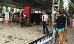 Vừa tái xuất, hội chợ container Hà Nội lại bị đóng cửa gấp lần 2