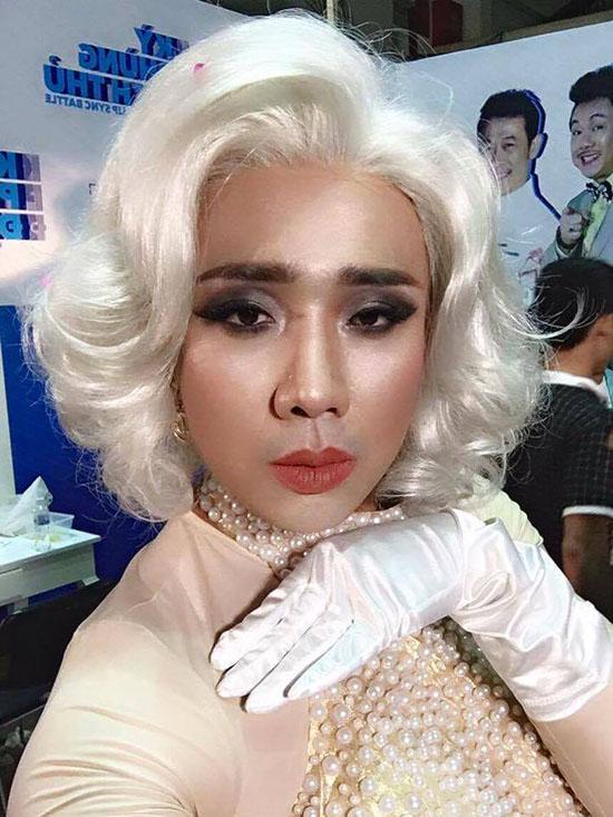 sao-viet-4-8-hong-que-bung-tron-vo-khong-ngai-bikini-chi-pu-gay-tro-xuong-3