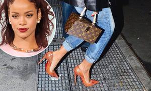 Đi cao gót 'phi thường' thế này, đố ai qua mặt được Rihanna