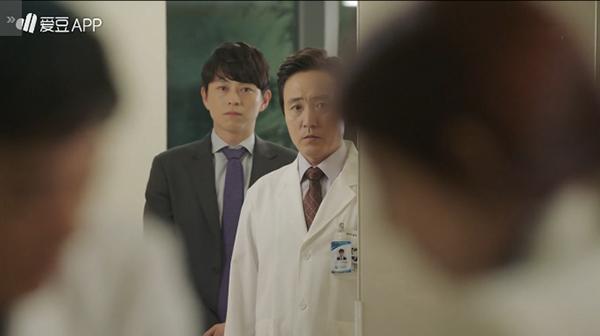 doctors-15-vua-ngot-ngao-hye-jung-va-ji-hong-lai-tranh-cai-gay-gat-7