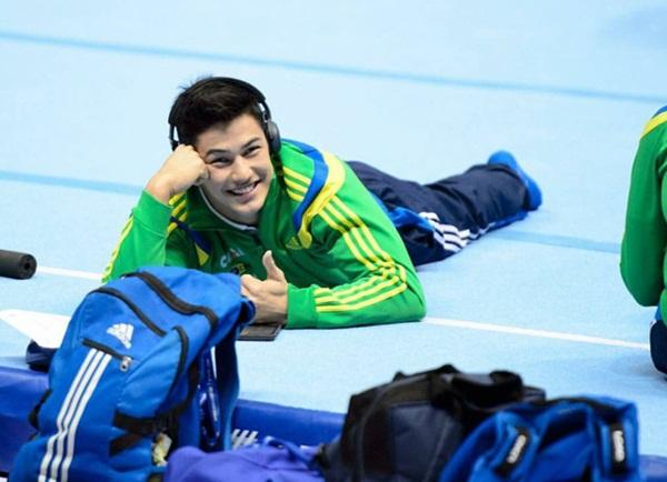 nam-vdv-olympic-mo-mieng-cuoi-la-fan-nu-chao-dao-11