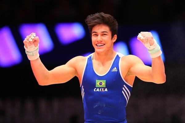 nam-vdv-olympic-mo-mieng-cuoi-la-fan-nu-chao-dao-2