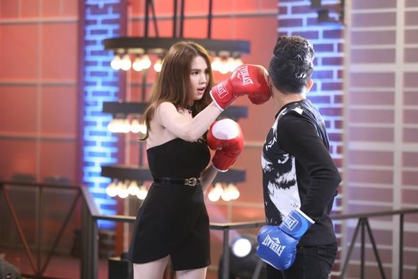 ngoc-trinh-dien-vay-ngan-dam-boxing-khien-tran-thanh-nga-nhoai-5