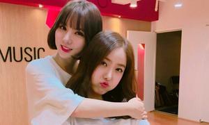 Fan tung bằng chứng bảo vệ gương mặt 'khó ở' của SinB G-friend