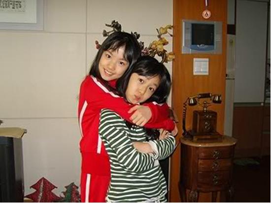 fan-tung-bang-chung-bao-ve-guong-mat-kho-o-cua-sinb-g-friend-5