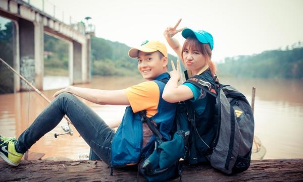 ngo-kien-huy-nua-dua-nua-that-mang-chuyen-hari-won-di-muon-2