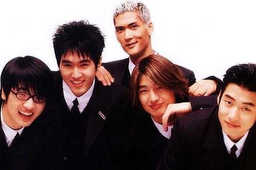13-nhom-kpop-dinh-dam-gan-lien-voi-the-he-7x-8x-10