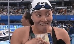 Nữ VĐV hot bất ngờ tại Olympic vì quá 'tăng động'