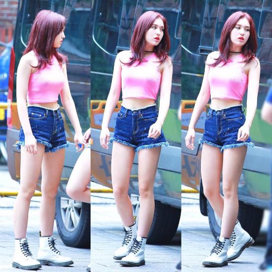 kpop-style-15-8-somi-lai-mac-do-sexy-qua-tuoi-15