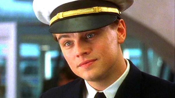 Sau Titanic, sự nghiệp của Leo có phần chùng xuống. Những bộ phim mà anh tham gia vài năm sau đó không trở thành tiếng vang. Chỉ đến khi Catch me if you can của cha đẻ dòng phim bom tấnSteven Spielberg