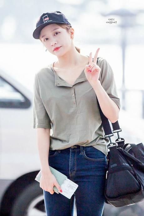 kpop-style-18-8-baek-hyun-lo-than-hinh-sieu-gay-kim-yoo-jung-goi-cam-4