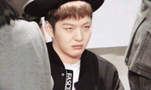 Ảnh động 'không phải ai cũng hứng thú đụng chạm sao Kpop'