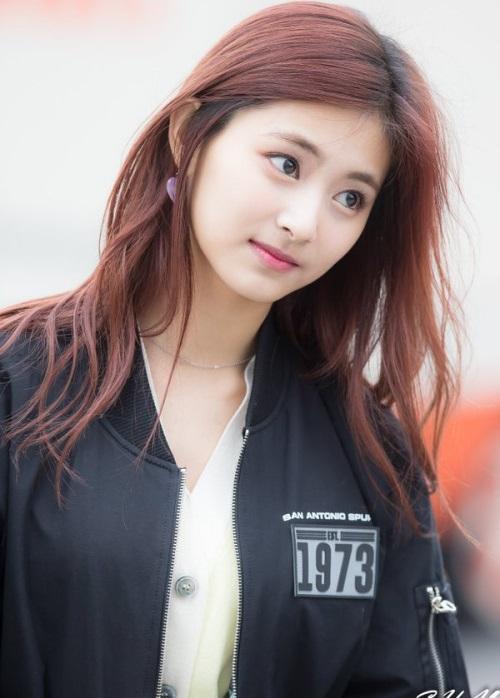 nhung-guong-mat-dep-hut-fan-nhat-cua-girlgroup-the-he-thu-4-2