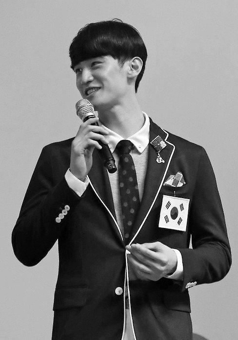 van-dong-vien-olympic-hot-nho-dep-trai-giong-chan-yeol-exo-5