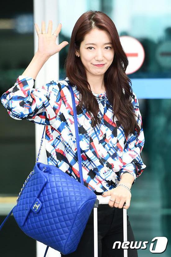 sao-style-23-8-sa-lim-sexy-bat-ngo-van-mai-huong-dung-ao-park-shin-hye-6