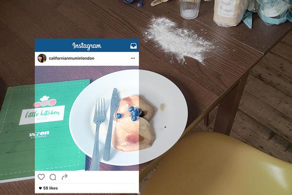 Sau khi làm bánh và trình bày thật đẹp trên đĩa, blogger Elfa chưa vội thưởng thức   thành quả mà loay hoay sắp đặt cho một bức ảnh khoe trên Instagram.