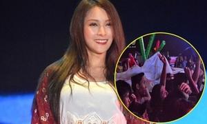 Fan đội mưa phiêu cùng Park Gyuri tại Đà Nẵng