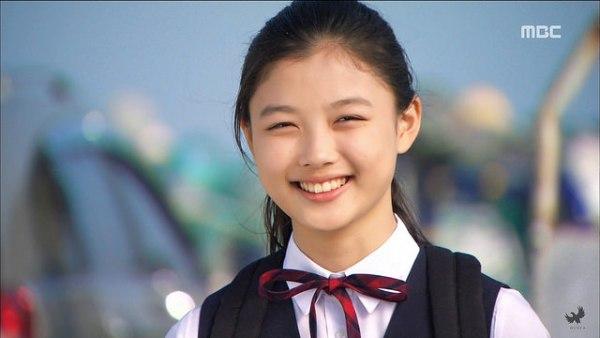 7-ly-do-khien-ban-muon-thanh-fan-cua-kim-yoo-jung-2