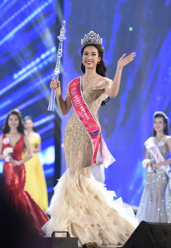 hot-girl-ngoai-thuong-do-my-linh-dang-quang-hoa-hau-viet-nam-2016-1