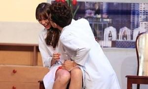 Những lần sao nữ bị đồng nghiệp cưỡng hôn bất ngờ
