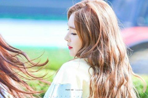 3-idol-kpop-co-goc-nghieng-huyen-thoai-trong-mat-netizen-10