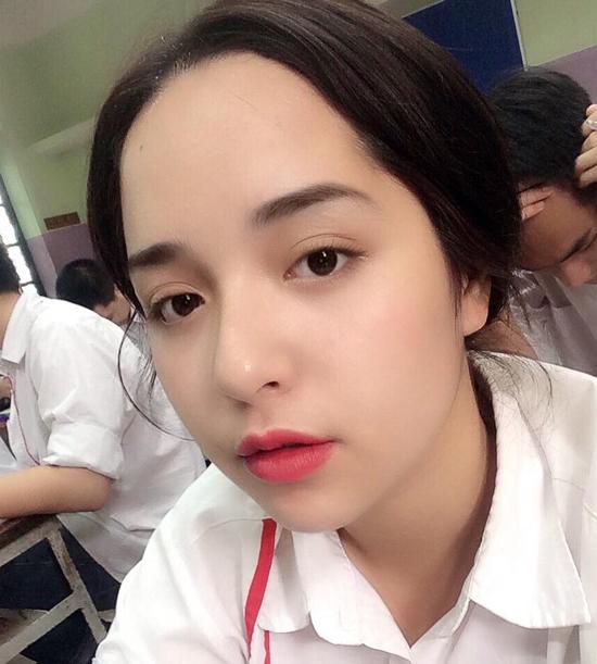trang-diem-back-to-school-rang-ro-nhu-cac-hot-girl
