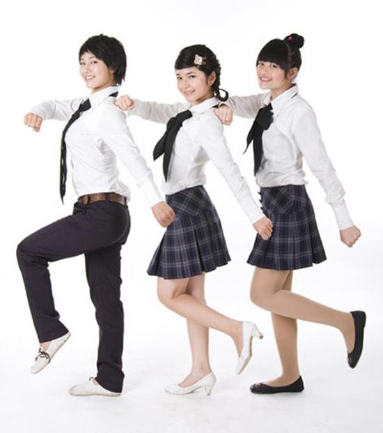 4-kieu-dong-phuc-nu-sinh-quen-mat-tren-phim-viet-5
