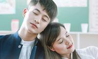 4-kieu-dong-phuc-nu-sinh-quen-mat-tren-phim-viet-11
