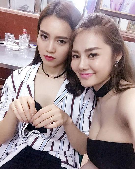 sao-viet-6-9-lan-khue-phanh-ao-khoe-vong-1-huong-tram-bi-vi-voi-sushi-trung-6