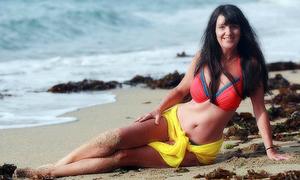 Thân hình quyến rũ khó tin của người mẫu bikini U70