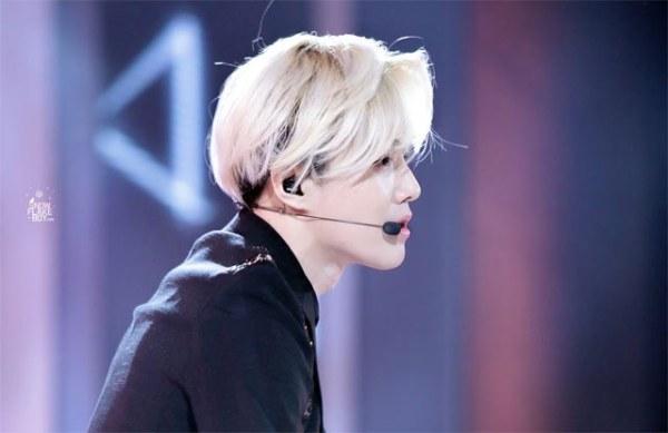 Su Ho là mỹ nam sở hữu gương mặt tỷ lệ vàng do các chuyên gia bình chọn. Trưởng nhóm EXO khiến các fan mê mẩn ở góc mặt nghiêng vì chiếc mũi cao và khuôn miệng nhỏ.