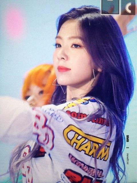 seol-hyun-irene-gay-sot-vi-ngoai-hinh-dep-xuat-sac-6
