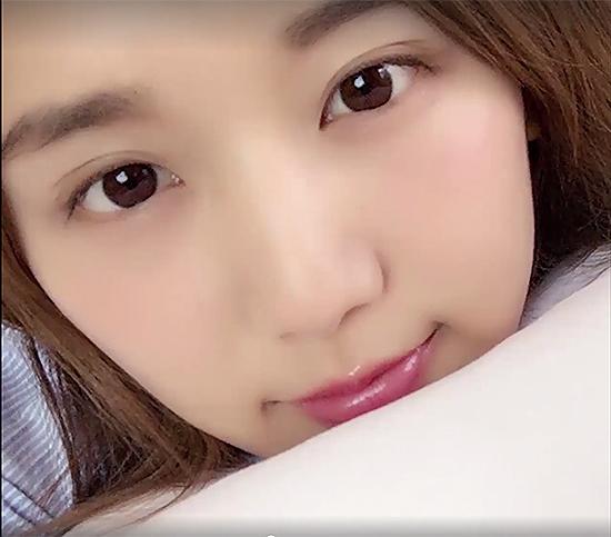 2-tuyet-chieu-chup-anh-selfie-luc-moi-ngu-day-ao-nhu-hot-girl-6