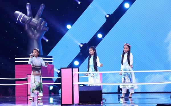 Bộ ba thí sinh Thảo Nguyên  Thu Hương  Thúy Phượng  cùng thể hiện một ca khúc Trời Hà Nội xanh. Huấn luyện viên Vũ Cát Tường cho rằng bài hát này cũng nhẹ nhàng như tính cách của ba bé, đồng thời gương mặt của ba bé lúc nào cũng cười rất tươi và trong sáng, cũng giống như ký hiệu dấu luyến legato (hình miệng cười) mà cô đã trao cho 3 thí sinh trong team của mình