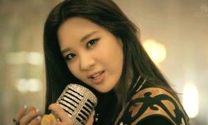 10 thần tượng Hàn học giỏi không kém hát