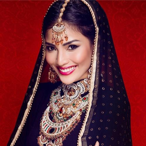 Trương Thị May hóa gái Ấn Độ đẹp lộng lẫy.