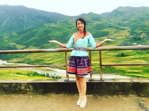 Hoa hậu Mỹ Linh cho biết đây là lần đầu tiên cô tới Sapa và mặc dù đã tìm hiểu về Sapa  qua nhiều nguồn thông tin những đứng trước những cảnh đẹp của vùng đất này, cô vẫn  không khởi ngỡ ngàng. Sapa ẩn hiện trong không gian kỳ diệu của cảnh sắc thiên nhiên  núi non hùng vĩ. Cô đã có khoảng thời gian tuyệt vời khi khám phá và trải nghiệm cuộc  sống của đông bào dân tộc thiểu số ở Sapa.