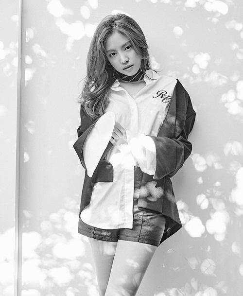 sao-han-13-9-yoon-ah-khoe-dang-manh-mai-cl-sexy-danh-bat-madonna-7